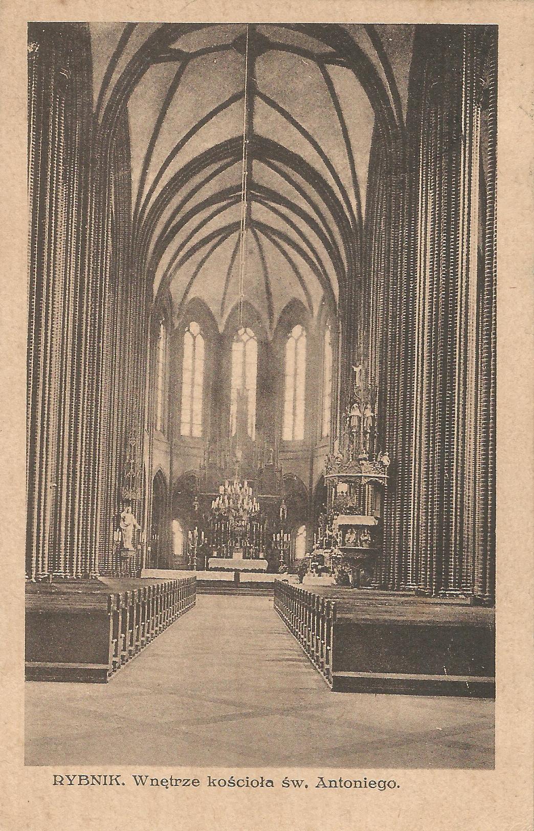 Rybnik. Wnętrze kościoła św. Antoniego.